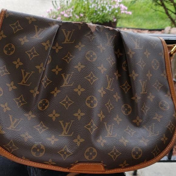 Louis Vuitton Messenger Monogram Canvas Bag